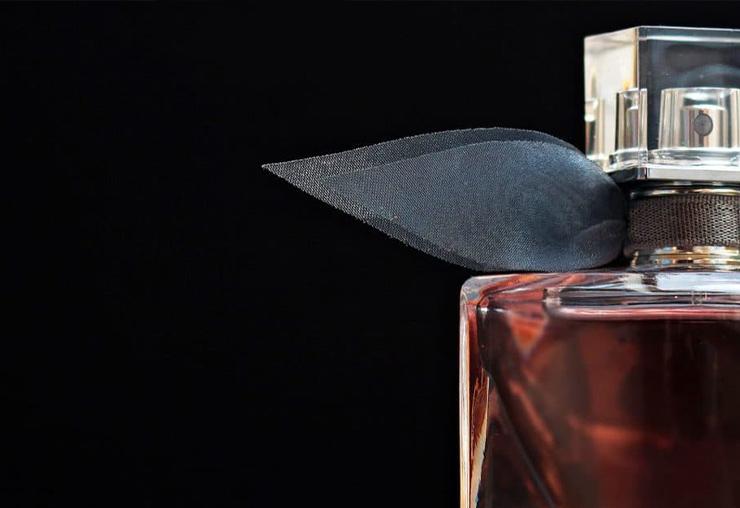 Tout savoir sur le métier de Nez ou de Parfumeur