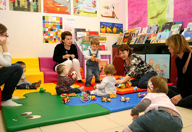 Assistante maternelle : un métier à découvrir