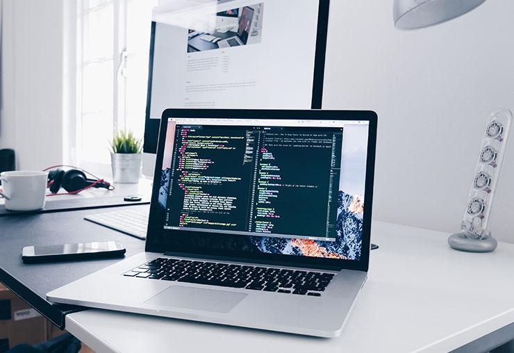 Légère croissance du secteur informatique en prévision