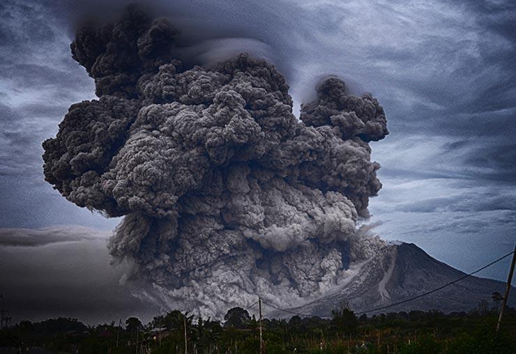 Volcanologue, un métier bouillonnant