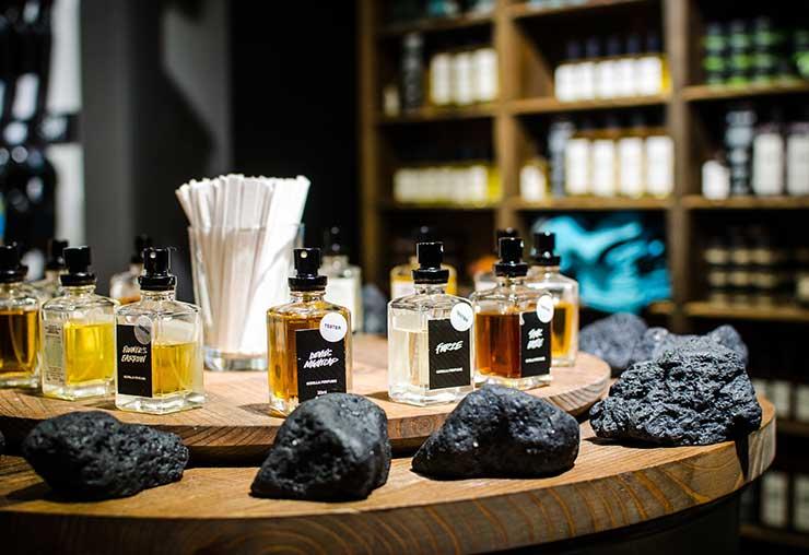 Le métier inconnu de parfumeur de cosmétiques
